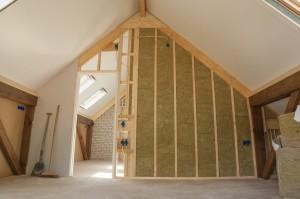 Isolation des murs intérieurs d'une maison