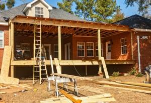 Construction d'une toiture terrasse d'une maison