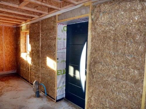 Isolation maison paille